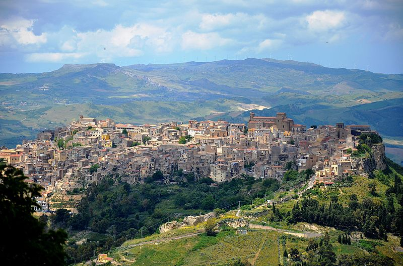 Calascibetta_in_Sicily