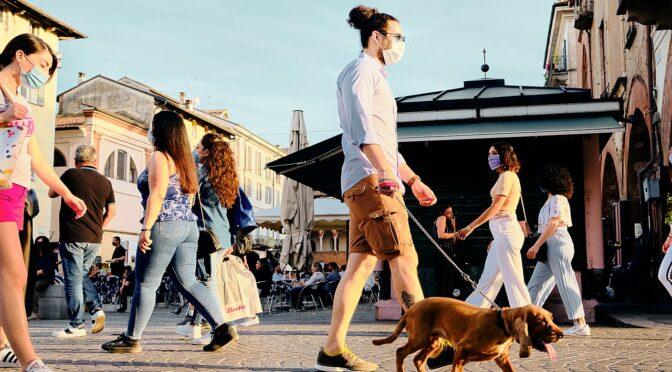 Covid 19-alarm i Napoli: de gode gener og de gamle forsvarsværker er ikke længere nok